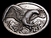 LL31110 VINTAGE 1984 AMERICAN BALD EAGLE OVER MOUNTAINS BELT BUCKLE